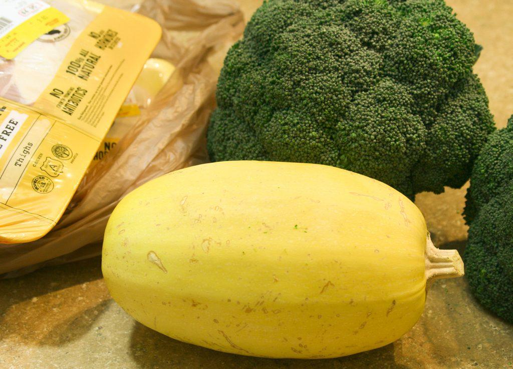 spaghetti squash broccoli and chicken